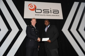 Ahmed Akinjobi of Incentive Lynx Security and Commander Steve Rodhouse