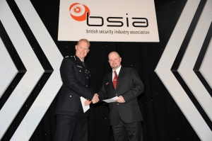 Shaun Spurway (Corps Security, right) with Commander Steve Rodhouse