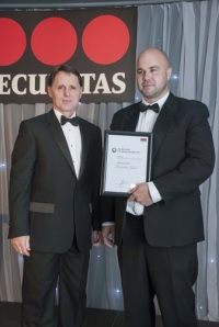 Tim Drew (left) with Paul Howard, who represented the JLL Rotunda Centre Team