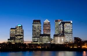 London's iconic Canary Wharf skyline