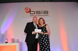 Securitas' Garry MacLean receives his national award in the Best Use of Technology category